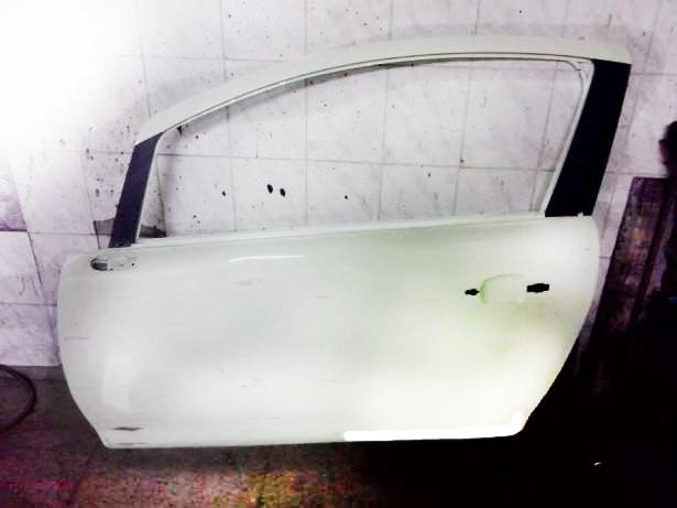 Дверь передняя левая Opel Corsa (2006-2014)