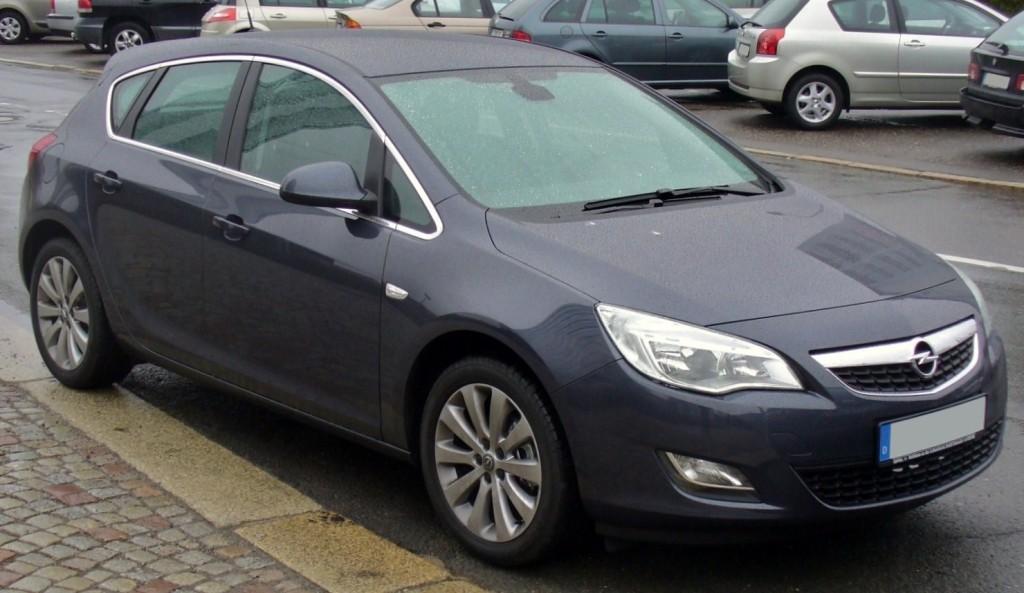 Opel_Astra_J